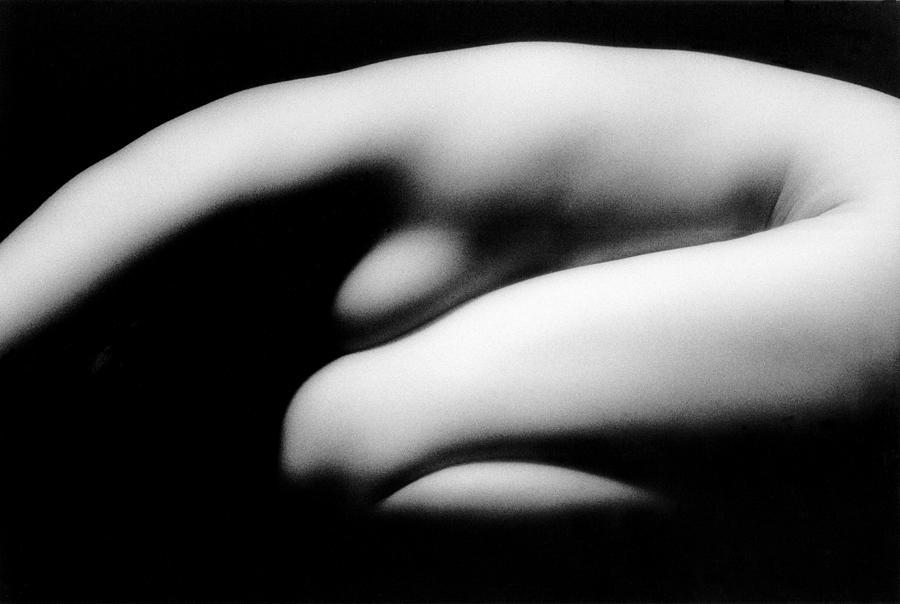 Nude girls in fetal position