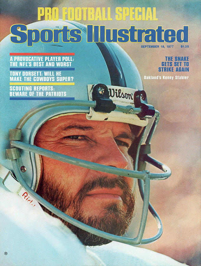 Oakland Raiders Qb Ken Stabler, Super Bowl Xi Sports Illustrated Cover Photograph by Sports Illustrated