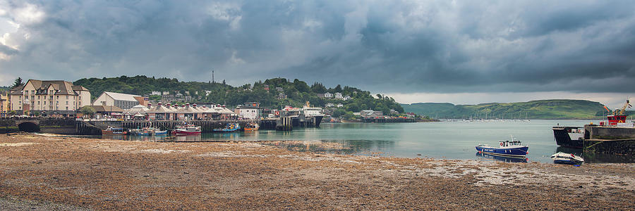 Oban Harbour Panorama by Ray Devlin