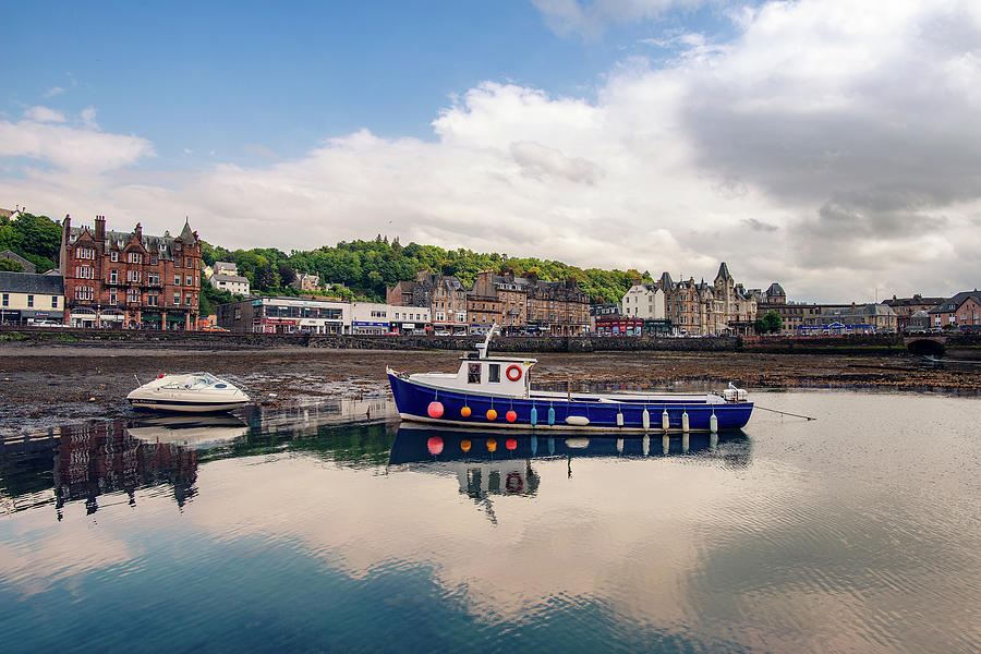 Oban Harbour Relfections by Ray Devlin