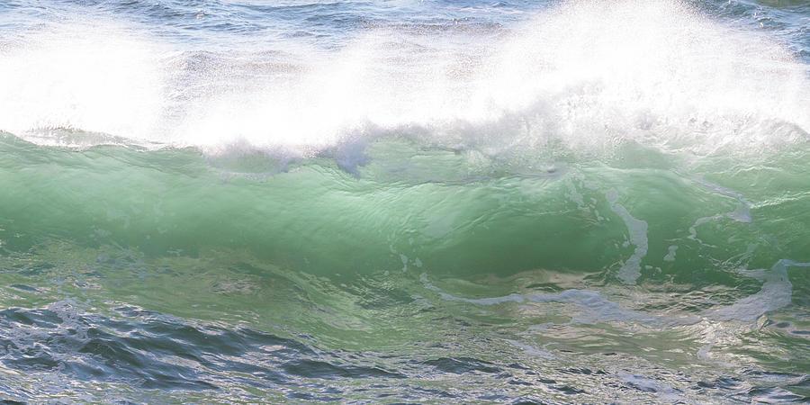 Ocean Waves by Catherine Avilez