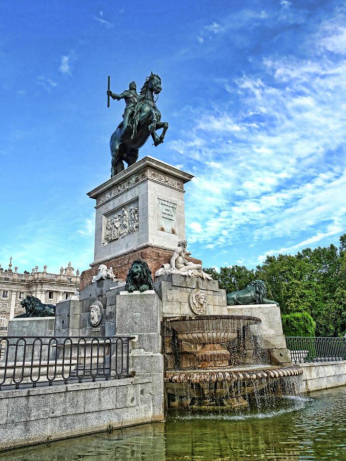 Staue Of Felipe Iv - Madrid Royal Palace Photograph
