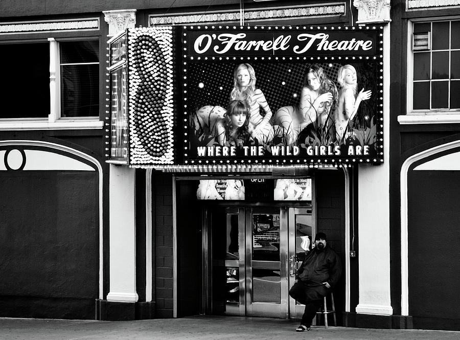 O'Farrell Theatre entrance BW by RicardMN Photography