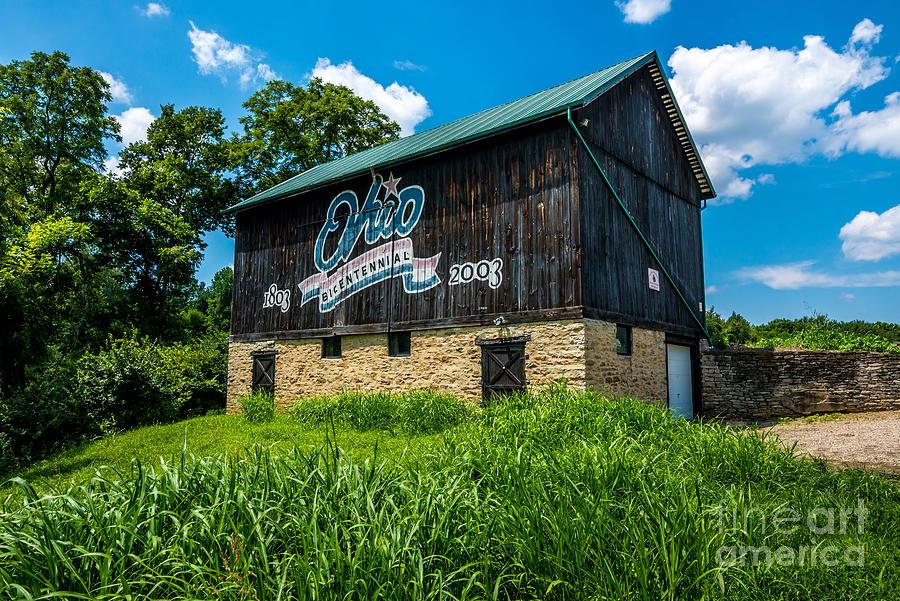 Ohio Bicentennial Barn - Hamilton County - Ohio by Gary Whitton