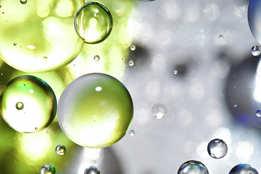 Oil Spheres Photograph by Dovate