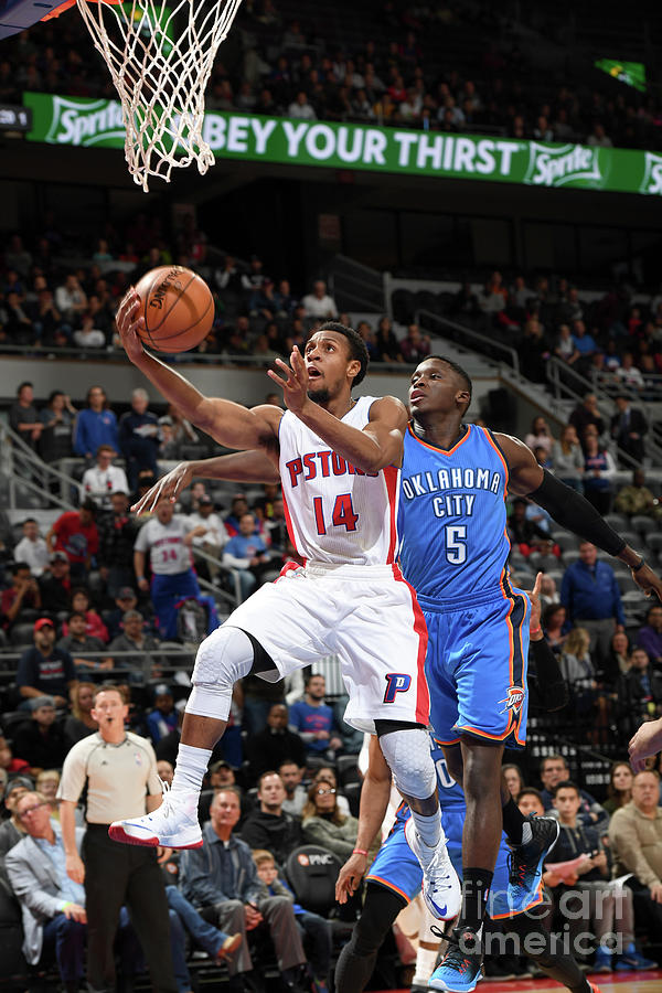 Oklahoma City Thunder V Detroit Pistons Photograph by Chris Schwegler