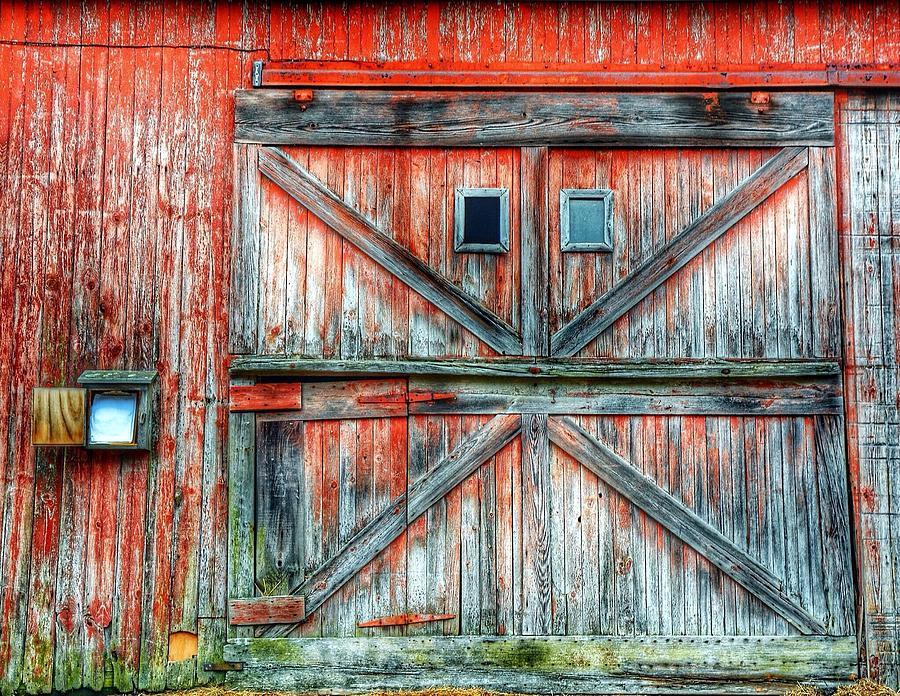 Old Barn Door Photograph by Jenny Lauretano / Eyeem
