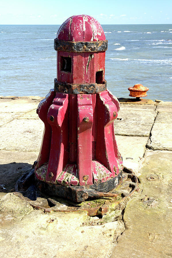 Old Capstan - Whitby East Pier by Rod Johnson