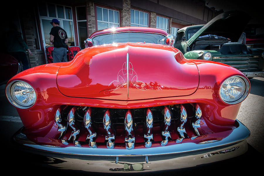 Old Car With Teeth by Philip Rispin