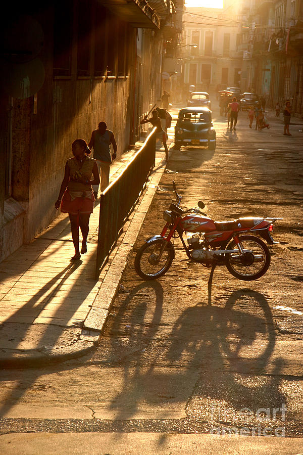 Havana Photograph - Old Havana by Simon Tonge