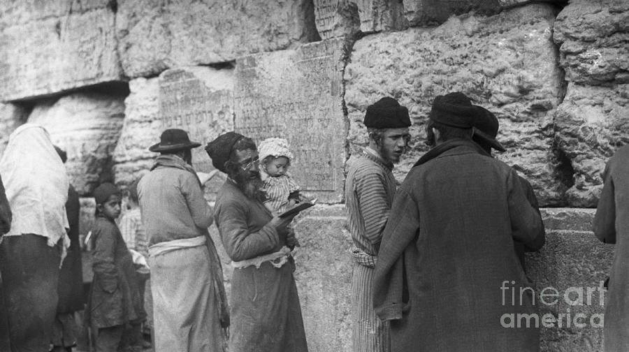 Old Jews Teaching Young At Wall Photograph by Bettmann