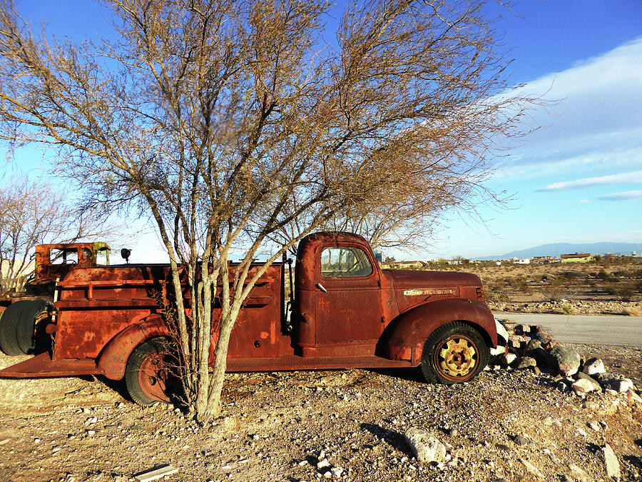 Old Red Fire Truck by Alan Socolik