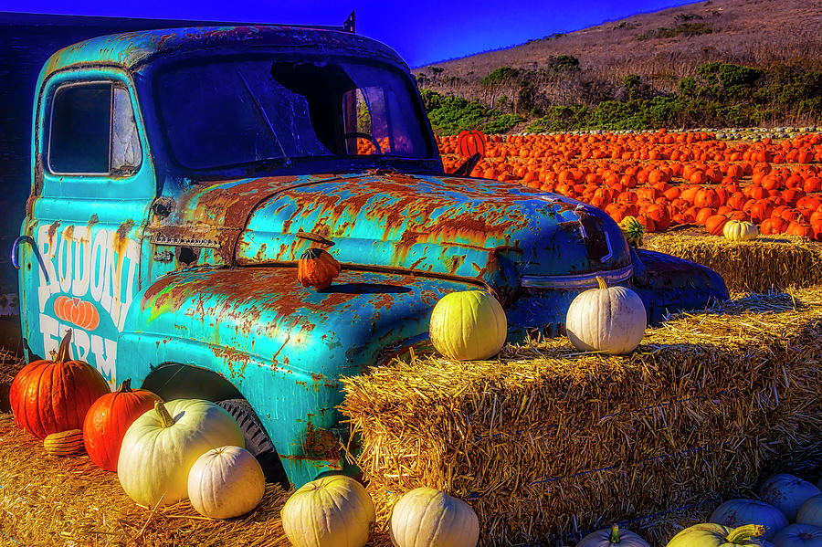 Pumpkins Photograph - Old Rodoni Farm Truck by Garry Gay