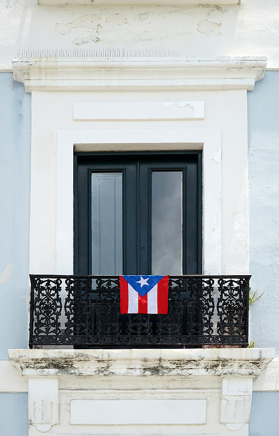Old San Juan - Window by Richard Reeve