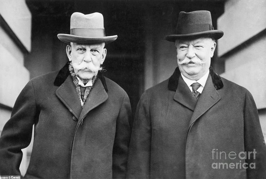 Oliver Wendell Holes With William Taft Photograph by Bettmann