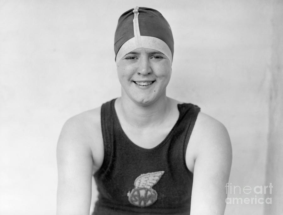 Olympic Swimmer Gertrude Ederle Photograph by Bettmann