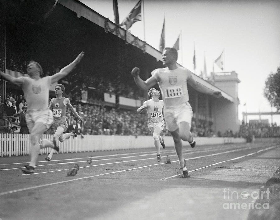 Olympic Track Stars In Action Photograph by Bettmann
