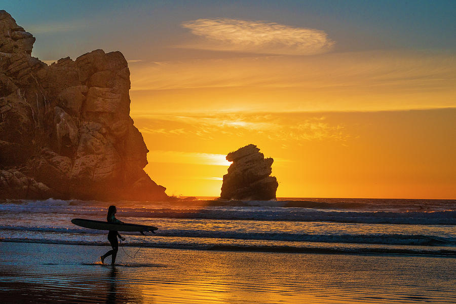 California Photograph - One Last Wave by Fernando Margolles