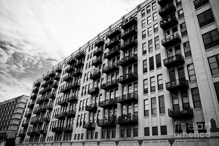 Chicago Photograph - One River Place Condominium In Converted Old Montgomery Wards Administration Building Chicago Illino by Joe Fox