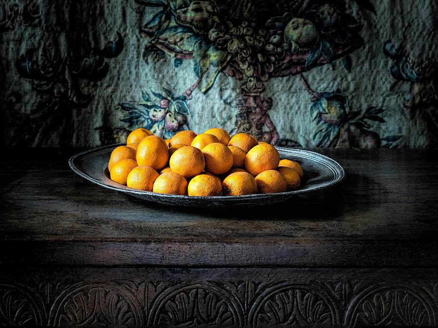 Oranges On Silver Plate Photograph by Image By Ian Carroll (aka icypics)