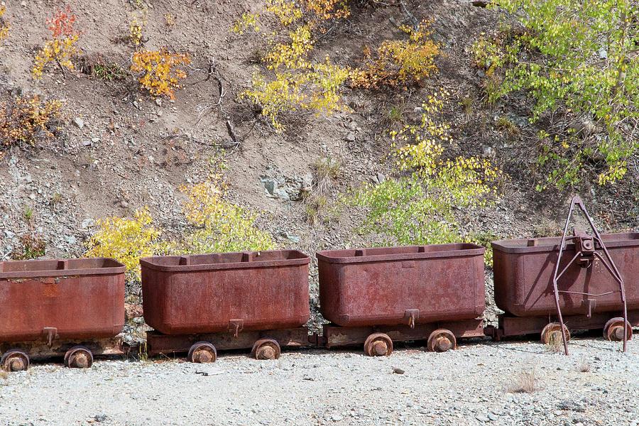 Ore Cars by Steve Stuller