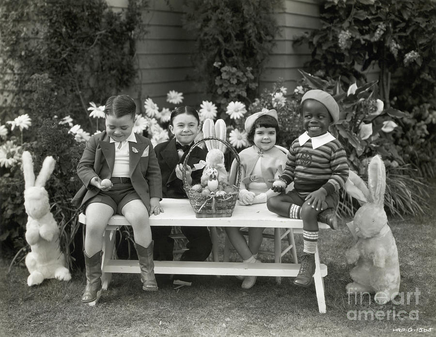 Our Gang Kids Celebrate Easter Photograph by Bettmann