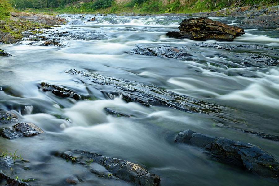 Outlaw Creek by Michael Scott