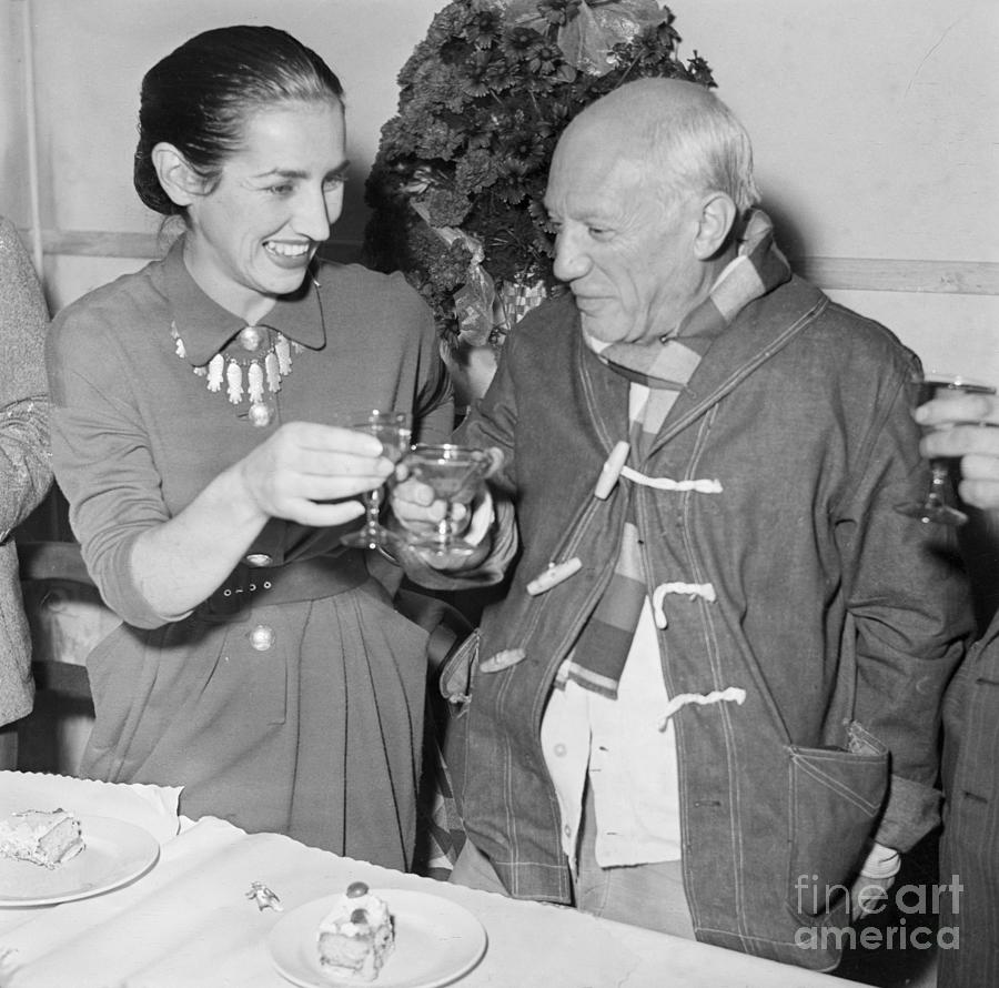 Pablo Picasso And Francoise Gilot Toast Photograph by Bettmann