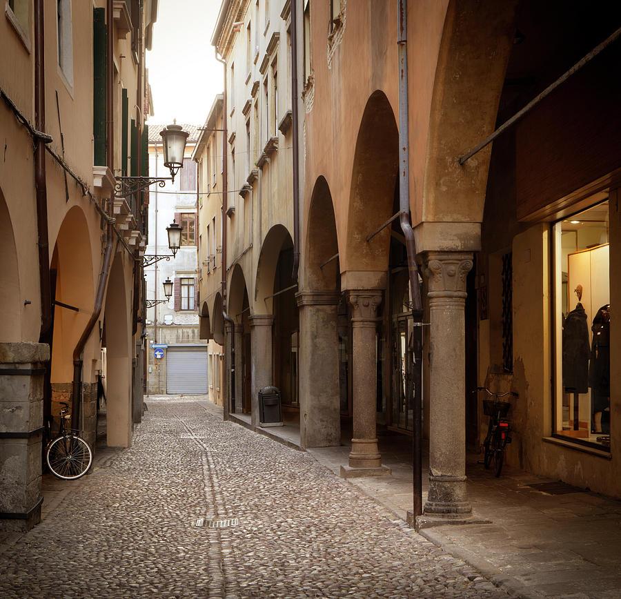 Padova Alley, Padua - Veneto Italy Photograph by Romaoslo