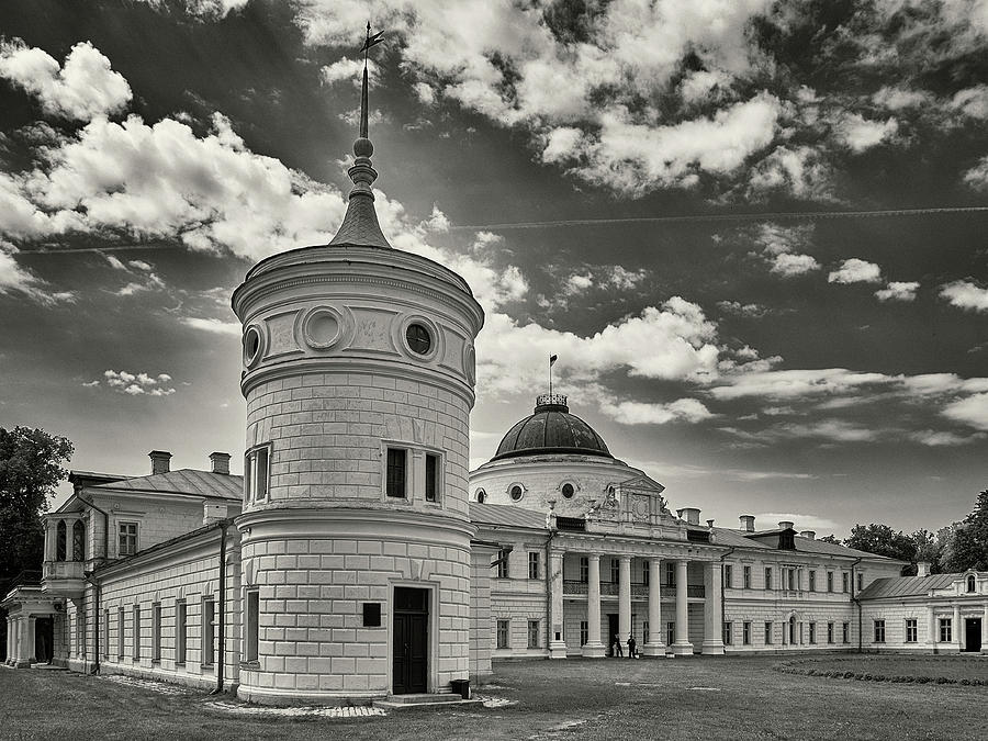 Palace of Tarnovskyi. Kachanivka, 2017. by Andriy Maykovskyi