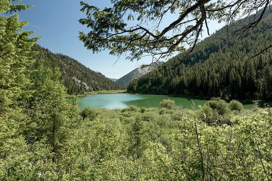 Pallisades Lake by Ronnie and Frances Howard