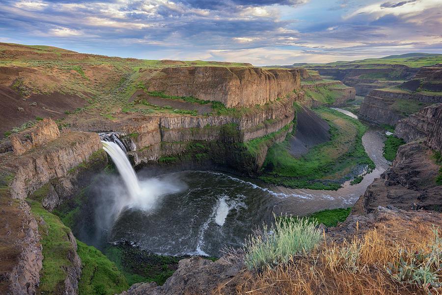 Palouse Falls by Kristen Wilkinson