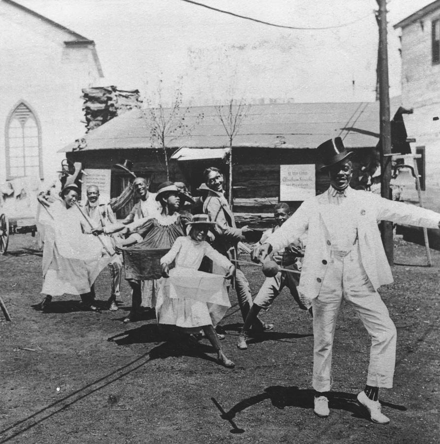 Pan Am Cakewalk Photograph by Hulton Archive