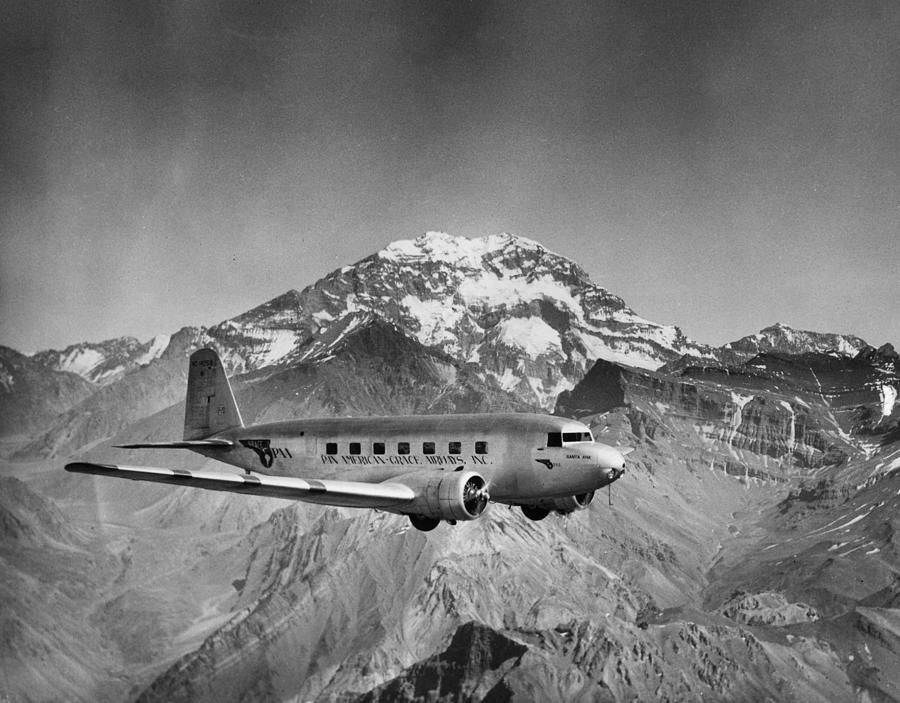 Pan Am Grace Photograph by Hulton Archive