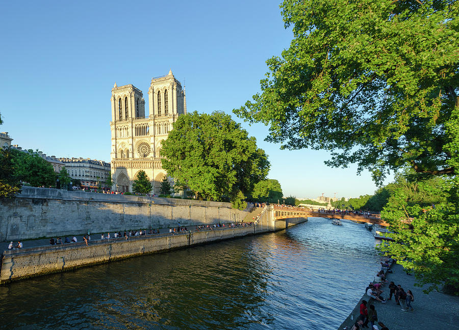Panorama of Notre-Dame de Paris by Douglas Wielfaert