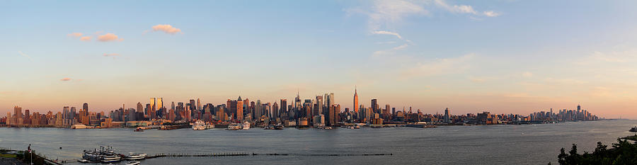 Panoramic View Of Manhattan At Sunset Photograph by Chrisp0