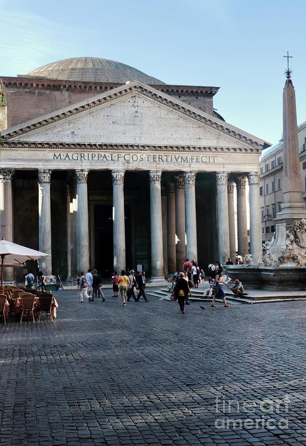 Pantheon Rome by Peter Skelton