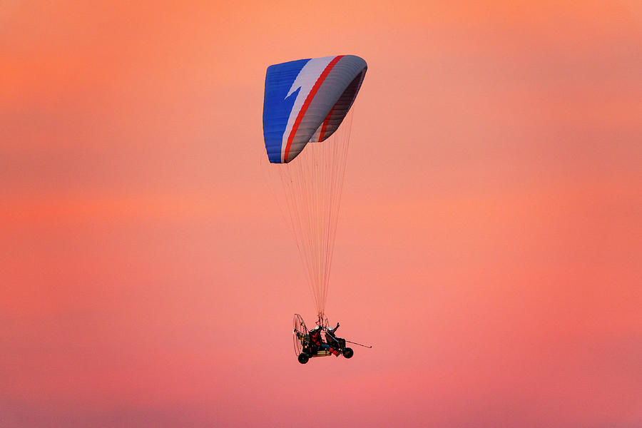 Paragliding in the sunset by Fabrizio Troiani
