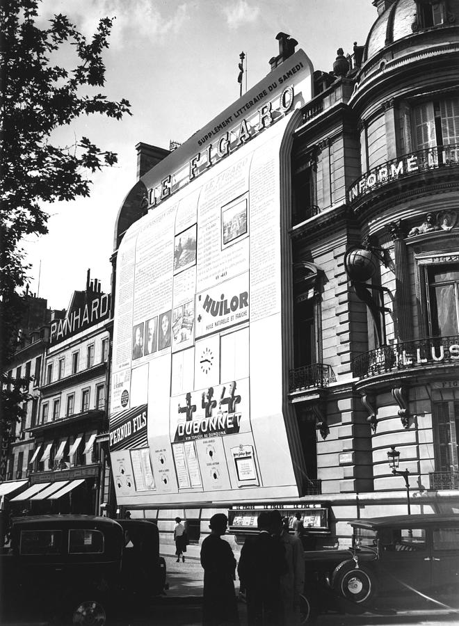 Paris. Figaro Newspaper Frontage Photograph by Keystone-france