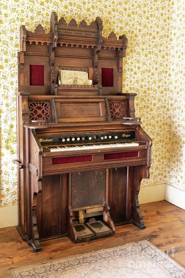 Parlor Organ Photograph