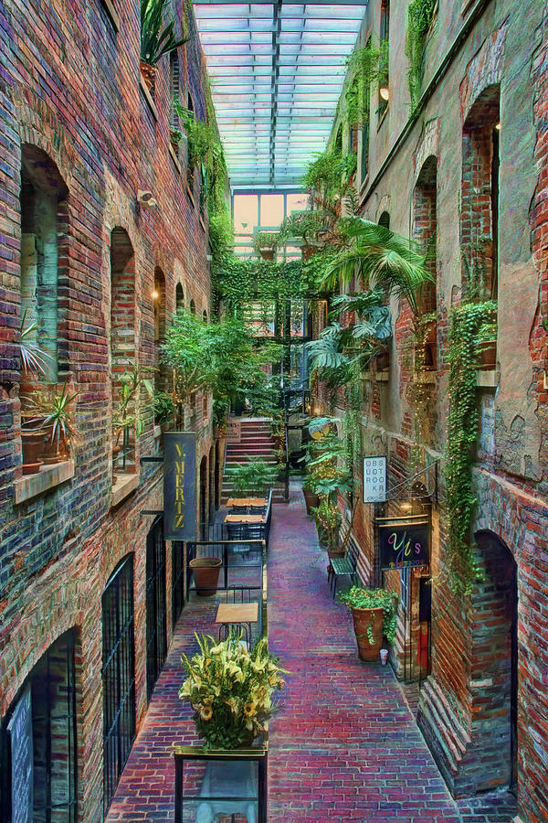 Passageway Old Market Omaha From The North