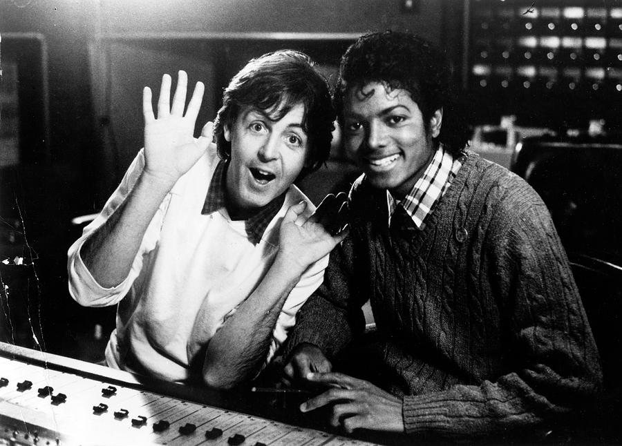 Paul Mccartney And Michael Jackson Photograph by Afro Newspaper/gado