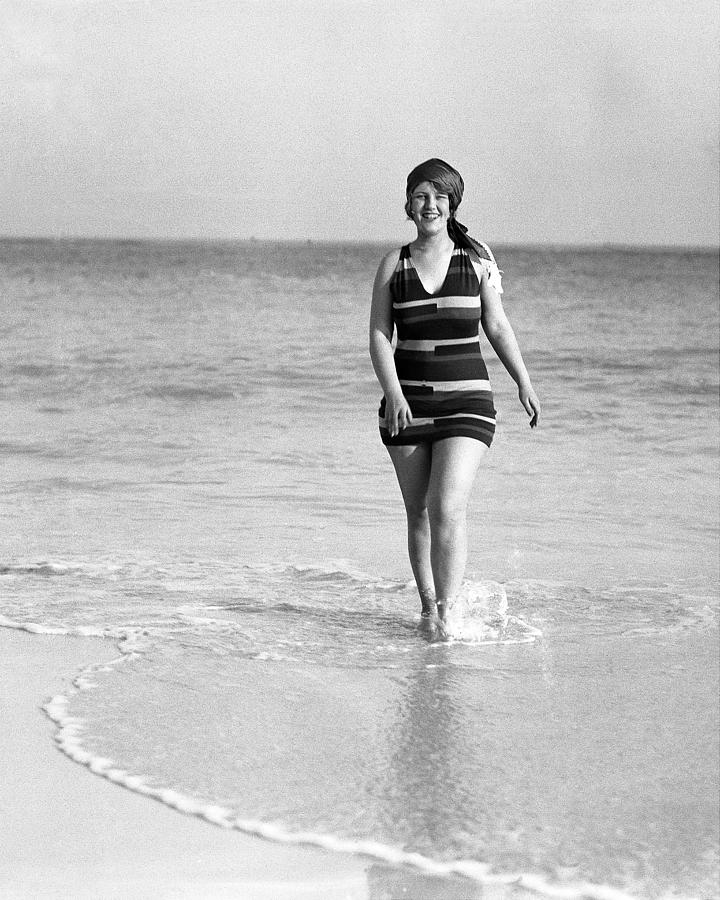 Peaches Browning At Elbow Beach In Photograph by New York Daily News Archive