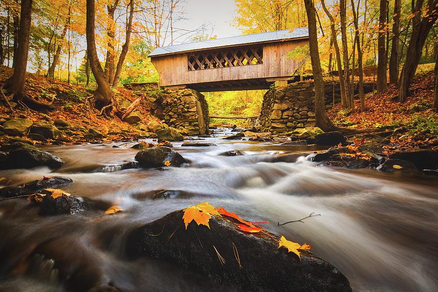 Gilford Photograph - Peak Foliage Tannery Hill Bridge by Robert Clifford
