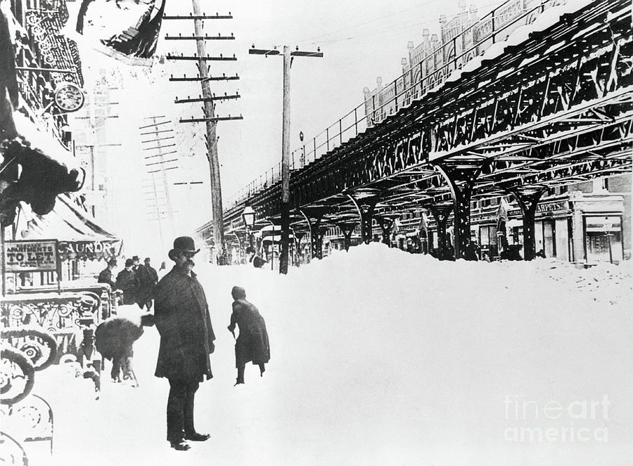 Pedestrians On Site Of The Great Photograph by Bettmann