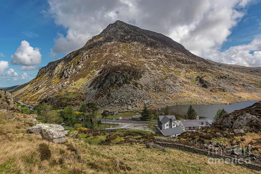 Pen yr Ole Wen Mountain Wales by Adrian Evans