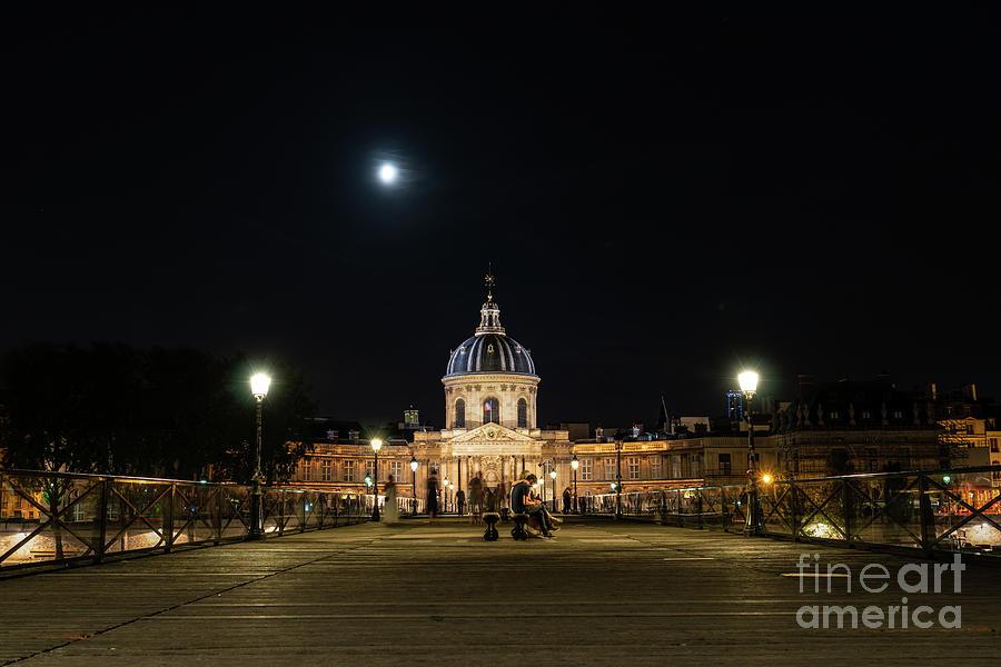 Pont des Arts under a full moon by Ulysse Pixel