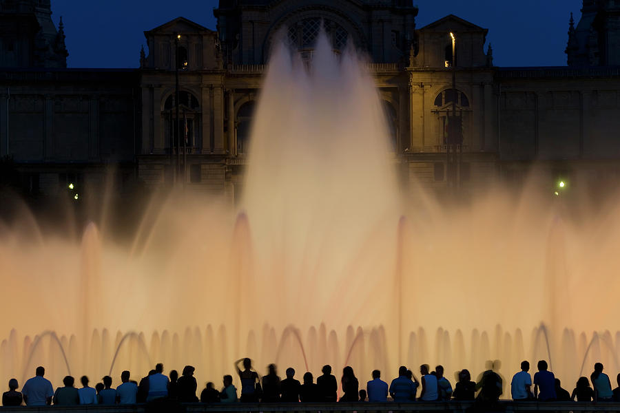 People Watching Fountain, Palace Of Photograph by Peter Adams