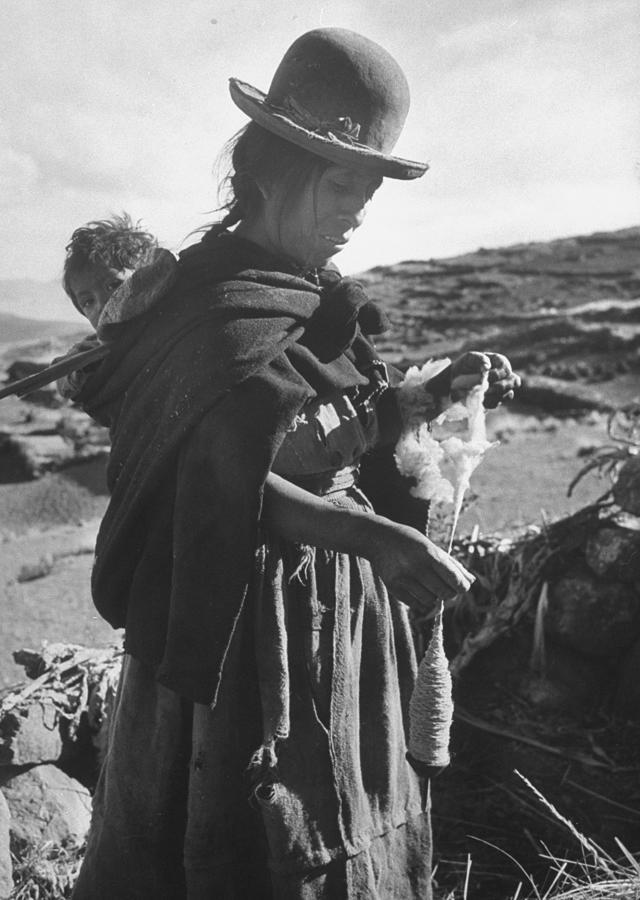 Peruvian Woman Photograph by Eliot Elisofon