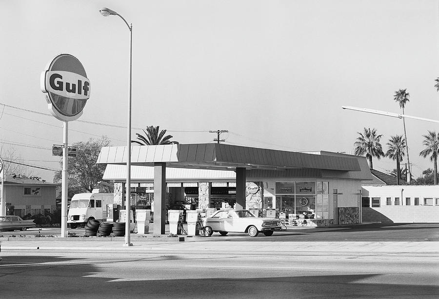 Petrol Station Photograph by Tom Kelley Archive